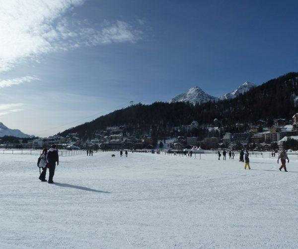 Wypoczynek na najwyższym poziomie. Czym St. Moritz przyciąga biznesmenów?