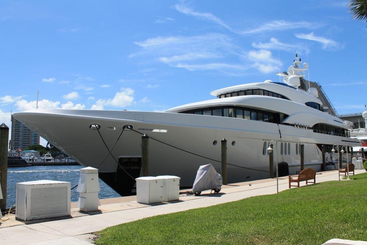 Inwestycja w jacht na wynajem – czy to się opłaca?