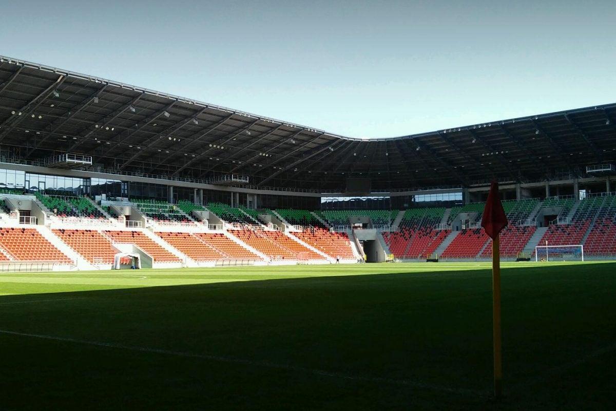 Pierwszoligowe kluby piłkarskie ze wsparciem znaczących sponsorów