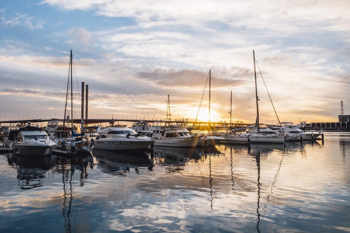 Czarter i leasing jachtów, czyli jak zarabiać na ekskluzywnych łodziach