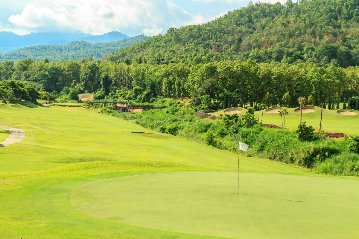 Kultowe pola golfowe – marzenie każdego golfisty