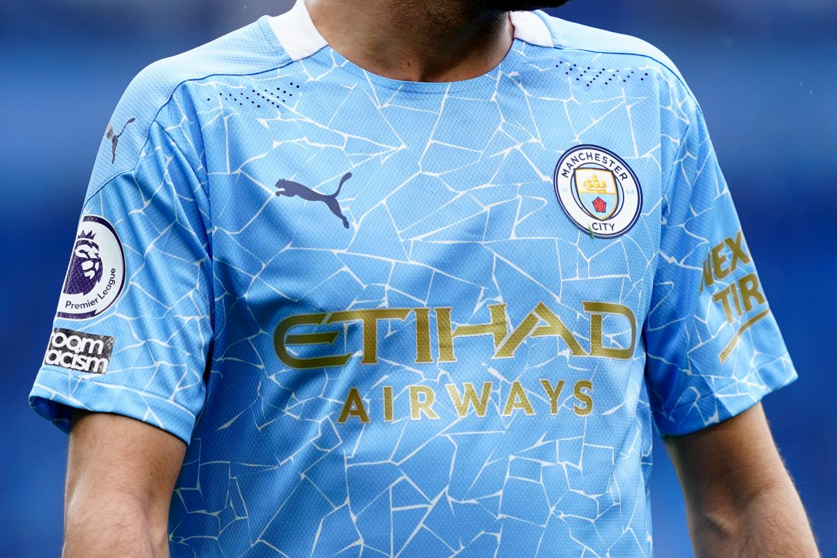 Ile trzeba zapłacić za reklamę na koszulkach największych klubów Premier League?