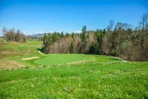 Budowa pola golfowego – poradnik dla inwestorów