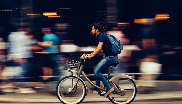 Jak zachęcić pracowników do jazdy rowerem?