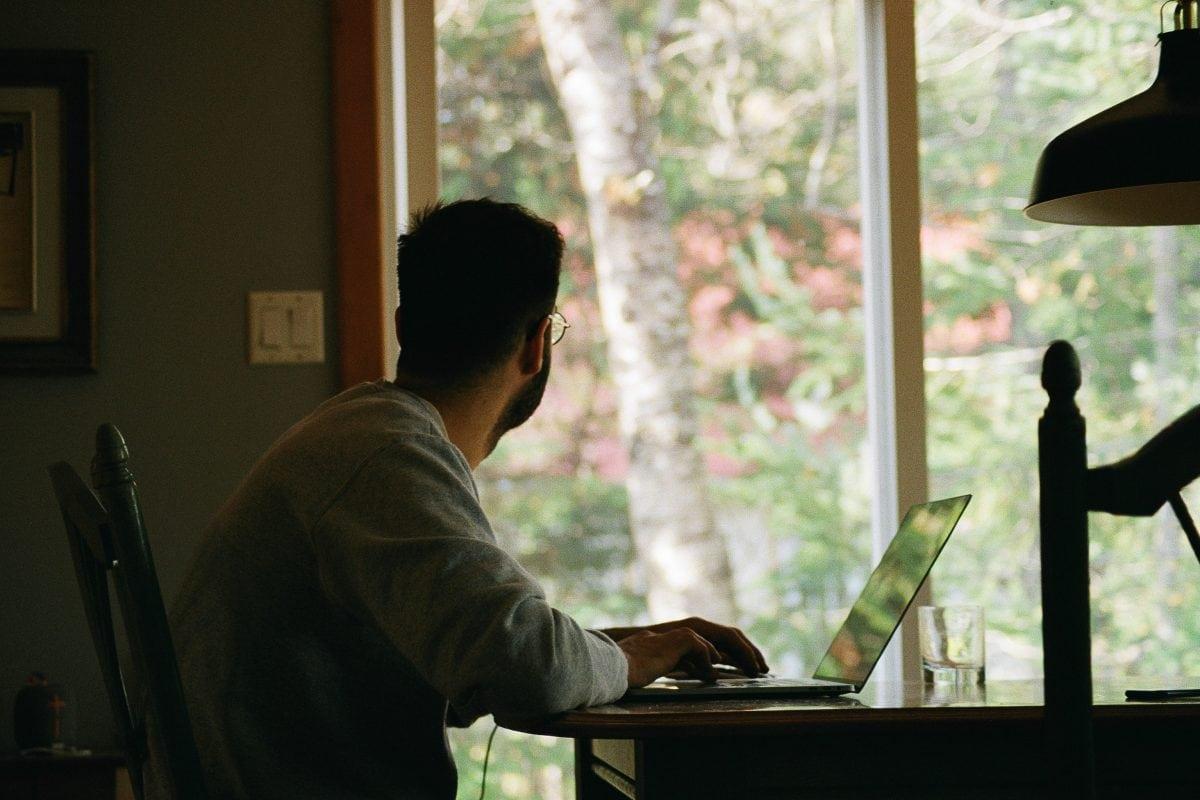 Dodatki i akcesoria, które zwiększą efektywność pracy w domu