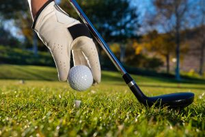 Interesy na świeżym powietrzu. Gra w golfa jako sposób na nawiązanie nowych kontaktów biznesowych